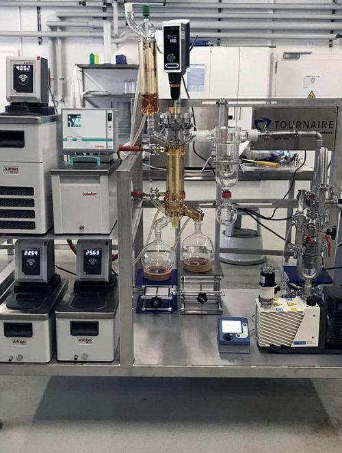 Unité de distillation moléculaire